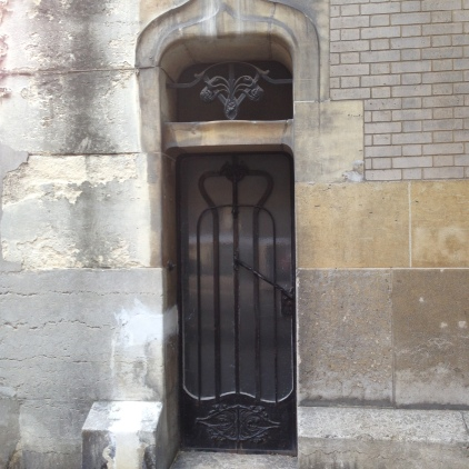 Art Nouveau elegance by Guimard