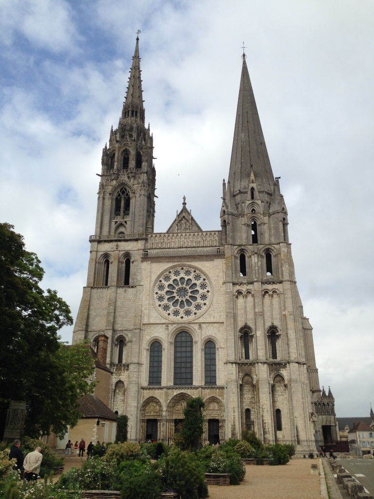 those wonky Sun and Moon towers, Chartres