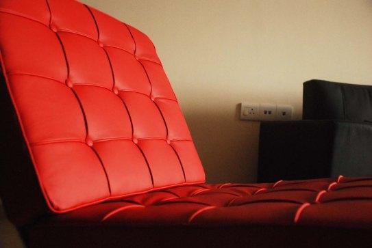 Barcelona chair (Flickr Mathanki Kodavasal)